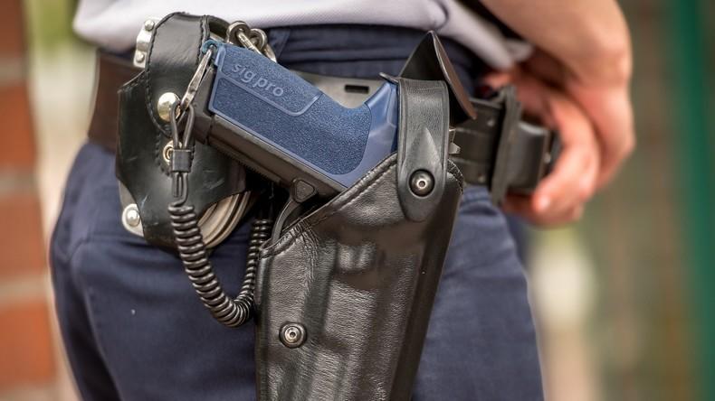 Paris : un policier retrouvé mort chez lui, il se serait suicidé avec son arme de service