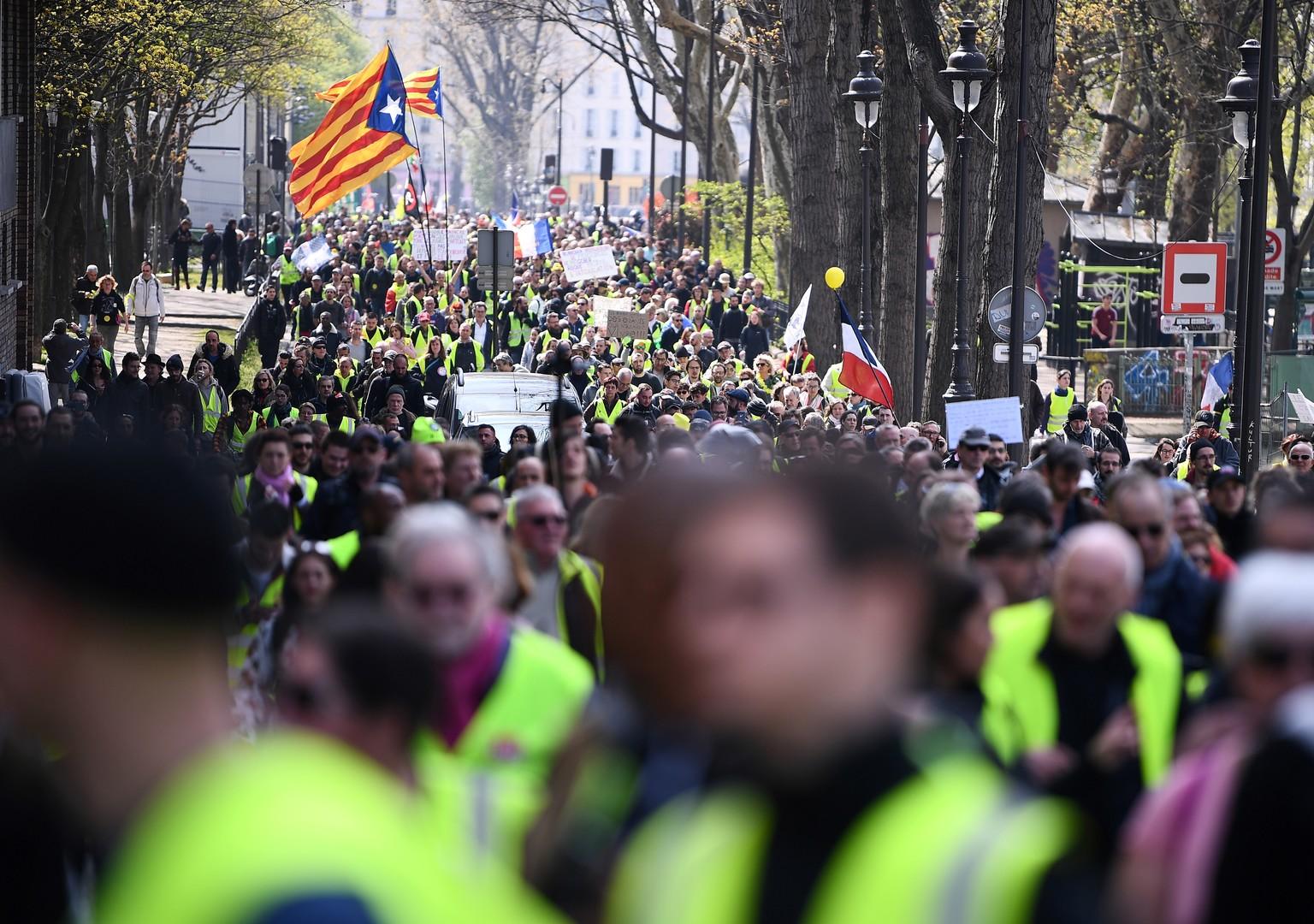 foto de Acte 21 : les Gilets jaunes poursuivent leur mobilisation (EN CONTINU) RT en français