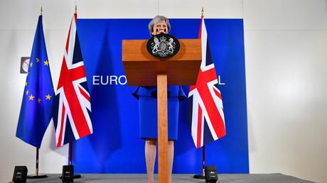 Brexit : les députés britanniques refusent les quatre options proposées
