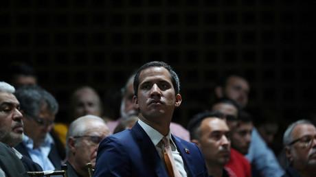 La Cour suprême du Venezuela demande la levée de l'immunité parlementaire de Juan Guaido