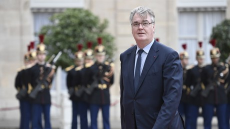Jean-Paul Delevoye, nommé le 11 mai haut-commissaire à la réforme des retraites, arrive au Palais présidentiel de l'Elysée pour assister à la cérémonie d'inauguration officielle d'Emmanuel Macron en tant que Président de la République française le 14 mai 2017 à Paris (illustration).