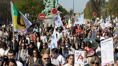 Mobilisation des enseignants : que reprochent-ils aux réformes Blanquer ?