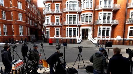 Expulsion de l'ambassade d'Equateur à Londres : le jour J pour Assange ?