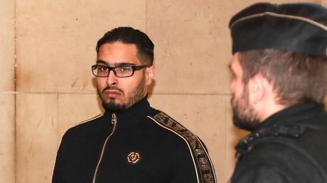 Un mème de Jawad bat des records de vues sur Twitter, des familles de victimes s'indignent