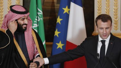 Le président français Emmanuel Macron en compagnie du prince héritier d'Arabie saoudite Mohammed ben Salmane (image d'illustration).