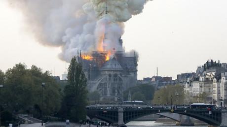 Un important incendie ravage Notre-Dame de Paris, le 15 avril 2019.