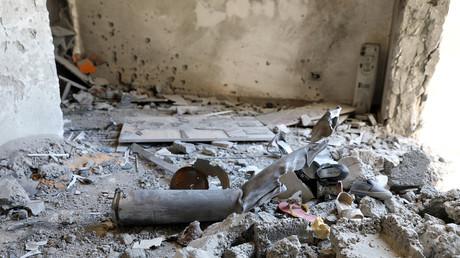 Les affrontements se poursuivent en Libye : des tirs de roquettes sur Tripoli font plusieurs morts
