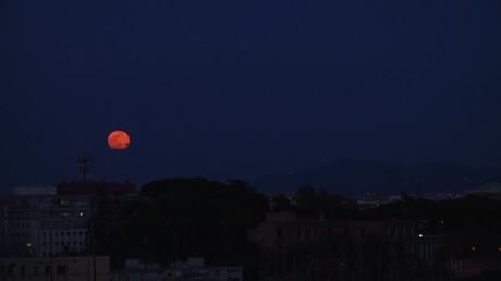 La «pleine lune rose» vue depuis Rome et Berlin