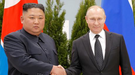 Vladivostok : Poutine salue la politique de détente entamée par Kim Jong-un dans la péninsule