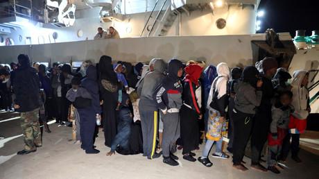 Contre la livraison par la France de bateaux à la Libye, huit ONG saisissent la justice