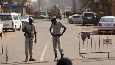 Des policiers burkinabés en fonction (image d'illustration).