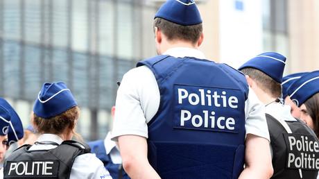 Belgique : une foule en colère assiège une école pour une rumeur de viol sur une fillette (VIDEO)