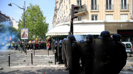 Le 1er mai à Paris.