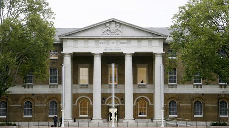 Londres : une galerie d'art recouvre des peintures jugées blasphématoires par des musulmans