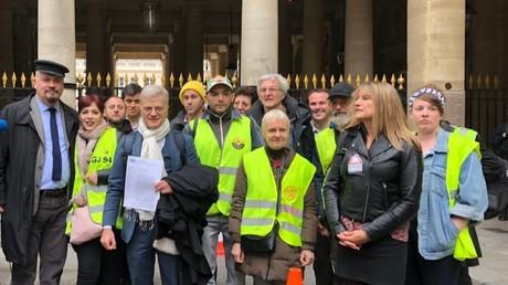 Privatisation ADP : Gilets jaunes et militants déposent un recours devant le Conseil constitutionnel