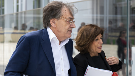 Alain Finkielkraut lors de son arrivée au tribunal.