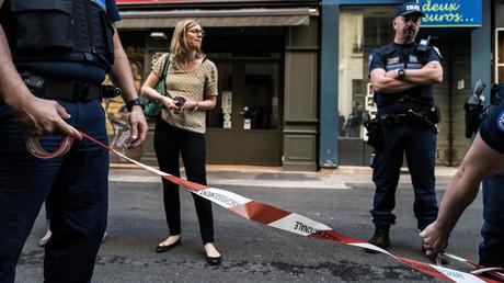 La police met en place un périmètre de sécurité autour du lieu de l'explosion à Lyon, le 25 mai 2019 (image d'illustration).
