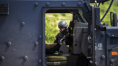 Un membre d'une unité spéciale de la police du Kosovo (image d'illustration).