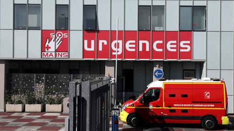 Devant un service d'urgences, le 26 mars 2019 à Nice (image d'illustration).