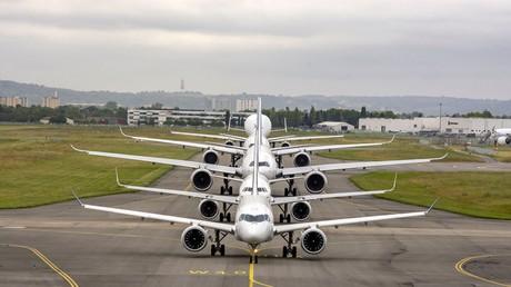 Le 29 mai 2019, cinq modèles Airbus en ligne sur le tarmac de l'aéroport de Toulouse-Blagnac,  alors que l'entreprise célèbre son 50e anniversaire.