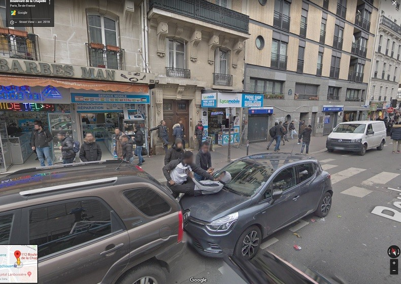 Google Street View révèle-t-il... une agression boulevard de la Chapelle à Paris ? (PHOTO)