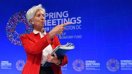 Le FMI recommande à la France plus de rigueur budgétaire et de favoriser la croissance