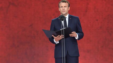 Le président français Emmanuel Macron lors de la lecture de la lettre d'Henri Fertet, le 5 juin 2019, à Portsmouth, au Royaume-Uni (image d'illustration).