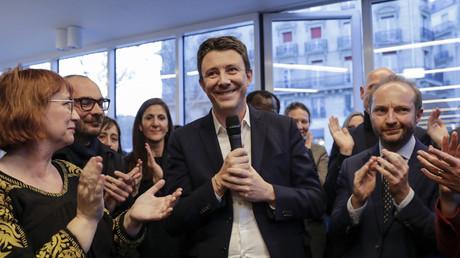 L'ancien porte-parole du gouvernement Benjamin Griveaux annonce sa candidature à la mairie de Paris, le 28 mars 2019.