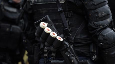 Une magistrate des Yvelines aurait été agressée au LBD en sortant de son domicile
