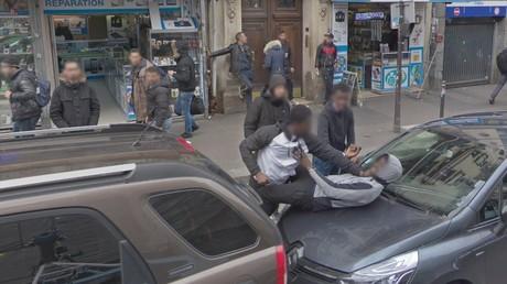 Google Street View révèle-t-il... une agression boulevard de la Chapelle à Paris ? (PHOTO)