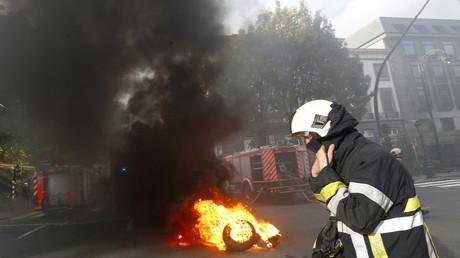 Des sapeurs belges interviennent sur un incendie à Bruxelles déclenché par leurs collègues en colère, novembre 2017 (image d'illustration).