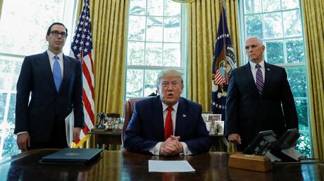 Le président américain Donald Trump annonce de nouvelles sanctions contre l'Iran depuis le Bureau ovale de la Maison Blanche, le 24 juin 2019.