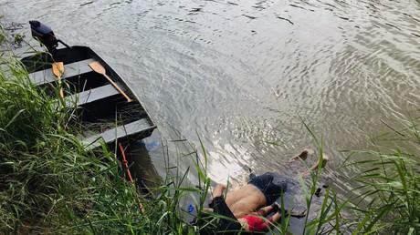 Un migrant salvadorien Oscar Martinez Ramirez et sa fille, qui se sont noyés alors qu'ils tentaient de traverser le Rio Grande pour se rendre aux États-Unis, à Matamoros, dans l'État de Tamaulipas, le 24 juin 2019 (image d'illustration).