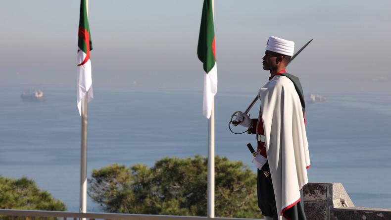 «Ils ont détruit un pays» :  la colonisation française bientôt criminalisée en Algérie ?