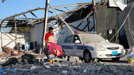 Centre de détention pour les migrants, cible d'une attaque aérienne