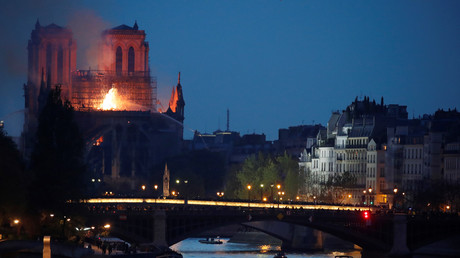 Pollution au plomb après l'incendie de Notre-Dame : y a-t-il eu une volonté d'étouffer l'affaire ?