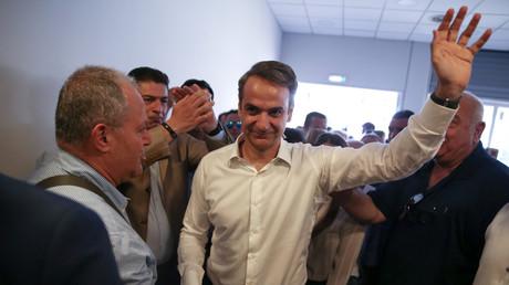 Législatives en Grèce : la droite de Kyriakos Mitsotakis largement en tête, devant Alexis Tsipras