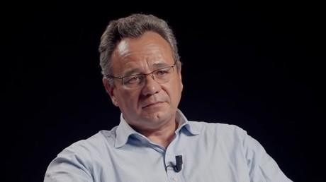 Frédéric Pierucci, lors de son entretien sur la chaîne YouTube Thinkerview.