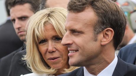 Le président de la République, Emmanuel Macron, et son épouse Brigitte Macron, lors du défilé annuel 2019 du 14 Juillet, sur les Champs-Elysées, à Paris (VIIIe arrondissement). (image d'illustration).