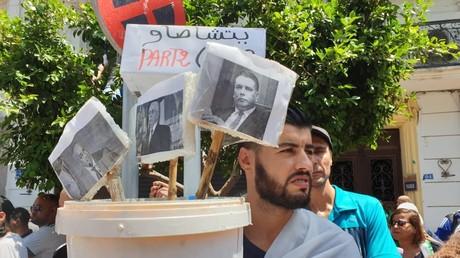 Les élites algériennes menacent-elles la révolution en cours ? par Adlene Mohammedi