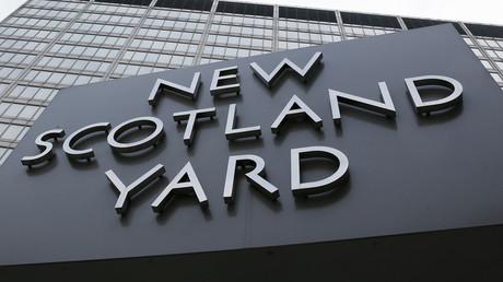 «Fuck the Police» et appel à libérer «Digga D» : le compte Twitter de Scotland Yard piraté