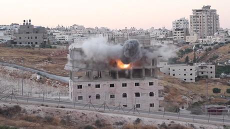 Jérusalem-Est: les forces israéliennes démolissent un bâtiment palestinien