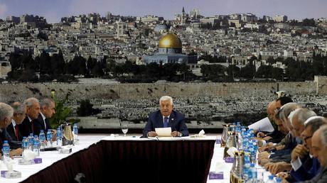 Le 25 juillet 2019, le président palestinien Mahmoud Abbas préside une réunion avec les dirigeants de l'autorité palestinienne à Ramallah, en Cisjordanie occupée par les Israéliens.
