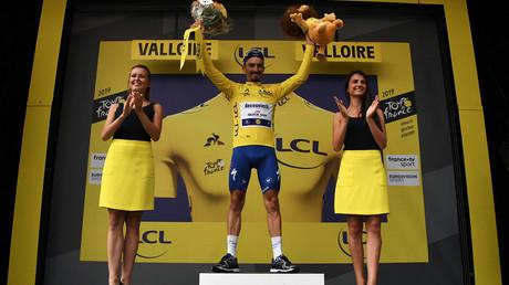 Bientôt la fin des hôtesses sur les podiums du Tour de France ?