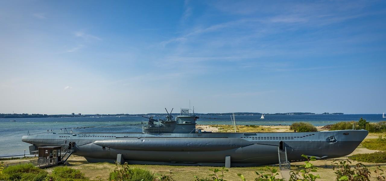 La BAC de Lorient a-t-elle utilisé un sous-marin allemand du IIIe Reich pour son logo ?