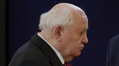 Missiles : Gorbatchev déplore le retrait américain du traité FNI et craint pour la sécurité mondiale