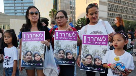 En Israël, les travailleuses philippines interdites d'enfants, sous peine d'expulsion