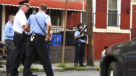 Philadelphie : un homme retranché blesse six policiers avant de se rendre