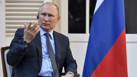 Vladimir Poutine au Fort de Brégançon.