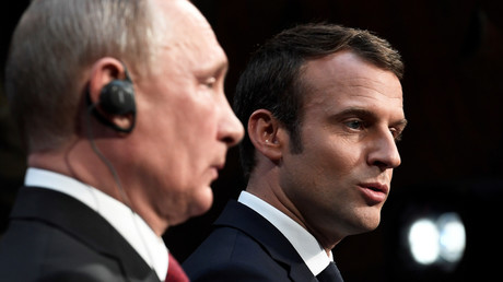 Vladimir Poutine et Emmanuel Macron (image d'illustration).